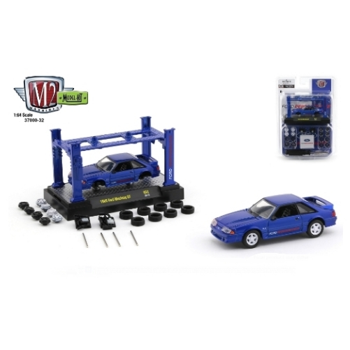 M2 Machines Model Kit 1988 Ford Mustang GT 5.0 Ford Performance - 2020 - Azul